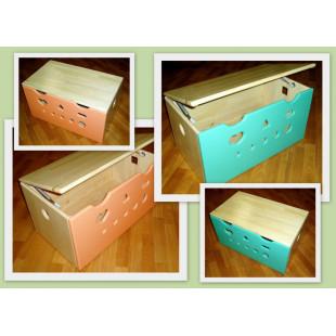 Ящик для игрушек цветной